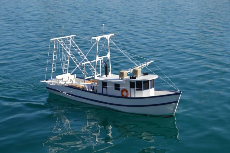 Dumas 1271 Rusty The Shrimp Boat Scale 1 24