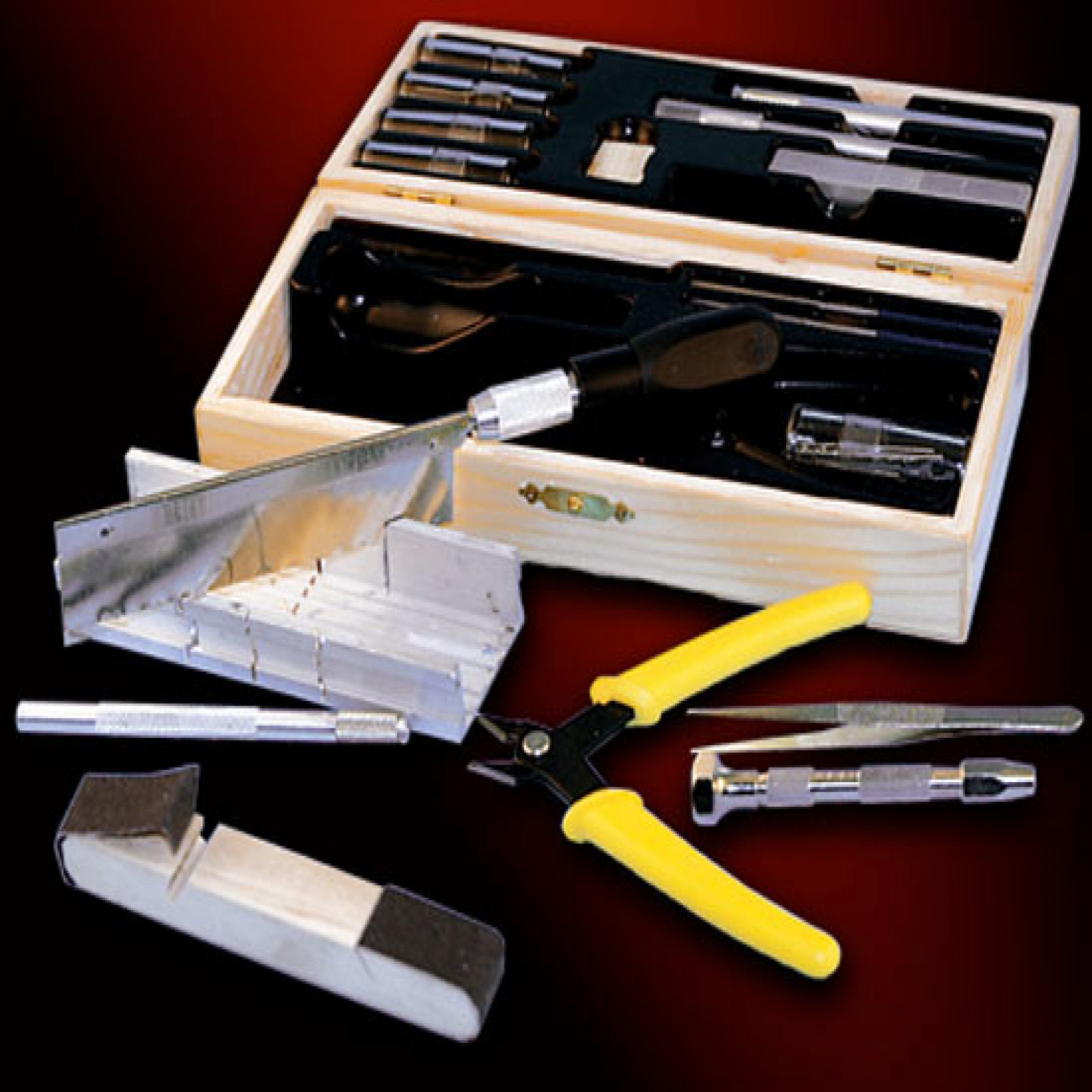 DELUXE HOBBY & CRAFT TOOL SET