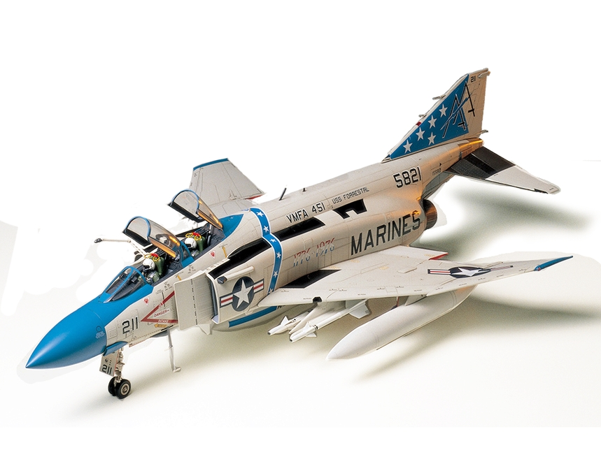 Tamiya F-4J Phantom II 1/32 Scale