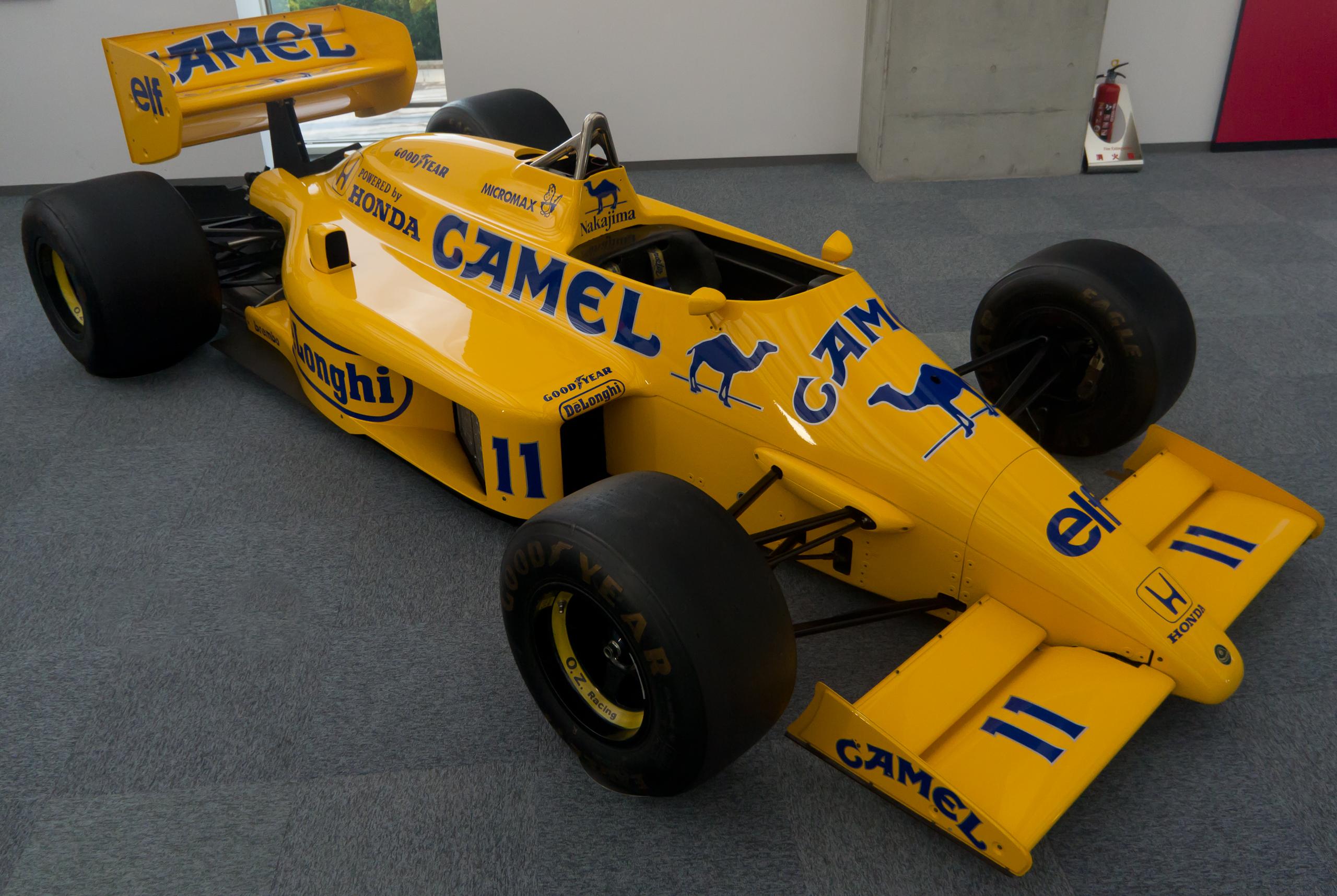 Formula 1 Lotus 99T Satoru Nakajima 1987 Metal Die cast model car 1//43