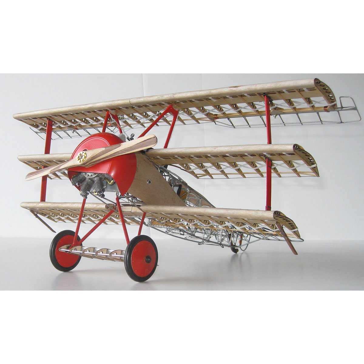 Model Airways DR.1 FOKKER TRI-PLANE     1:16 SCALE