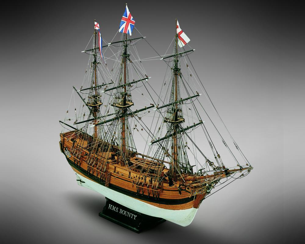 "Mamoli MV39 - HMS Bounty - Wood Plank-On-Frame Model Ship Kit - Scale 1/64 - Length 610 mm (24"")"
