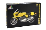 Italeri 4640 Norton 750 Commando PR Motorcycle 1:9 Scale