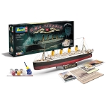 100 Years Titanic Special Edition Gift Set 1:400 Scale