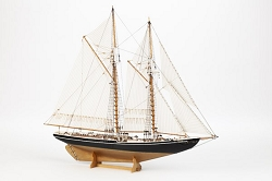 Billing Boats Bluenose II Wooden Hull 1:100 Scale