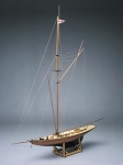 Mantua Model 733 Britannia, America Cup Boat Model Kit