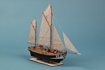 Dusek Maria HF31 German Fishing Ewer Wood Model Ship Kit D016 Scale 1:72
