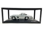 MINICHAMPS  1:18 Scale Die Cast Mercedes-Benz 300 SL (W198) 1955 Silver  Ltd. 1008 pcs.
