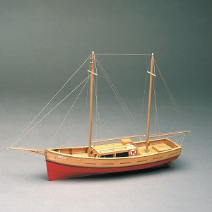 Mantua Model 701 Capri Wooden Motor Yacht 1:35