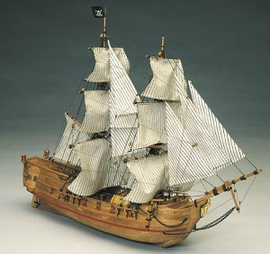 "Mantua Model 768 Black Falcon - Pirate Ship - Plank on Bulkhead Construction:  Length 20""   Height 14""  Scale 1:100"