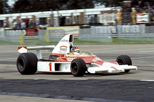 Tameo SLK088 McLaren M-23 Ford Cosworth - 1975 - White Metal Car Kit - Scale 1:43, Made in Italy