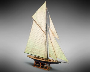 Mamoli MV44 Britannia Model Ship Kit - British Regatta Yacht - Scale 1/64 - Length 30 in - Height 36.6 in