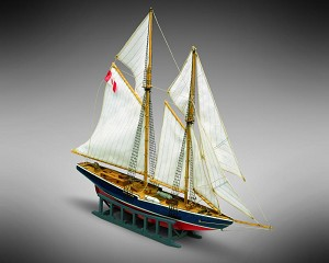 "Mamoli MM11 - Bluenose - Pre-Carved Wooden Hull Ship Model Kit - Scale 1/160 Length 270mm (10.5"")"
