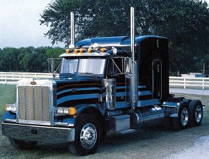 "Italeri 3857s Peterbilt 378 Classic ""Long Haul"" 1/24 Scale"