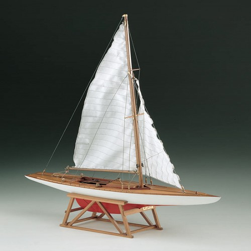 COREL DRAGONE RACING YACHT WOOD SHIP KIT
